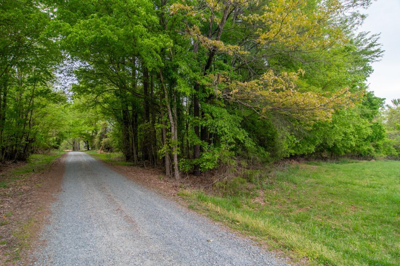 183 Faribault Ln, Hillsborough, NC 27278: Homes for Sale - Hommati