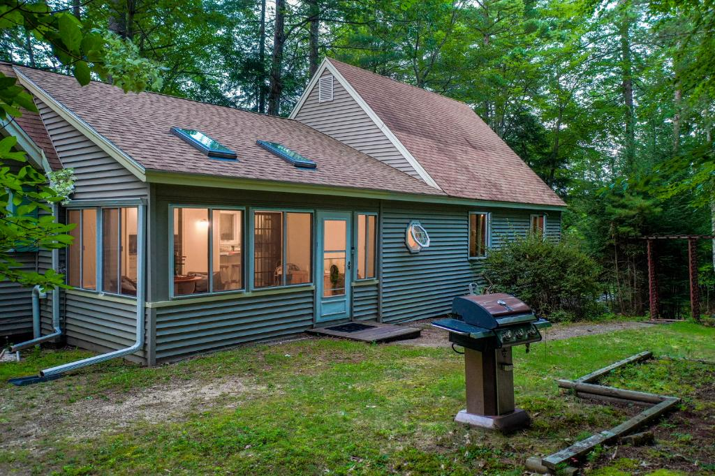 45 Cumberland Rd, Gilford, NH 03249: Homes for Sale - Hommati