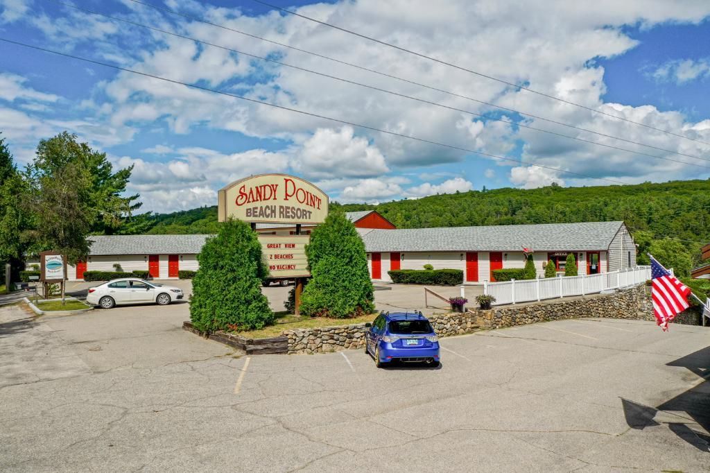 190 Mt Major Hwy, Alton, NH 03810: Homes for Sale - Hommati