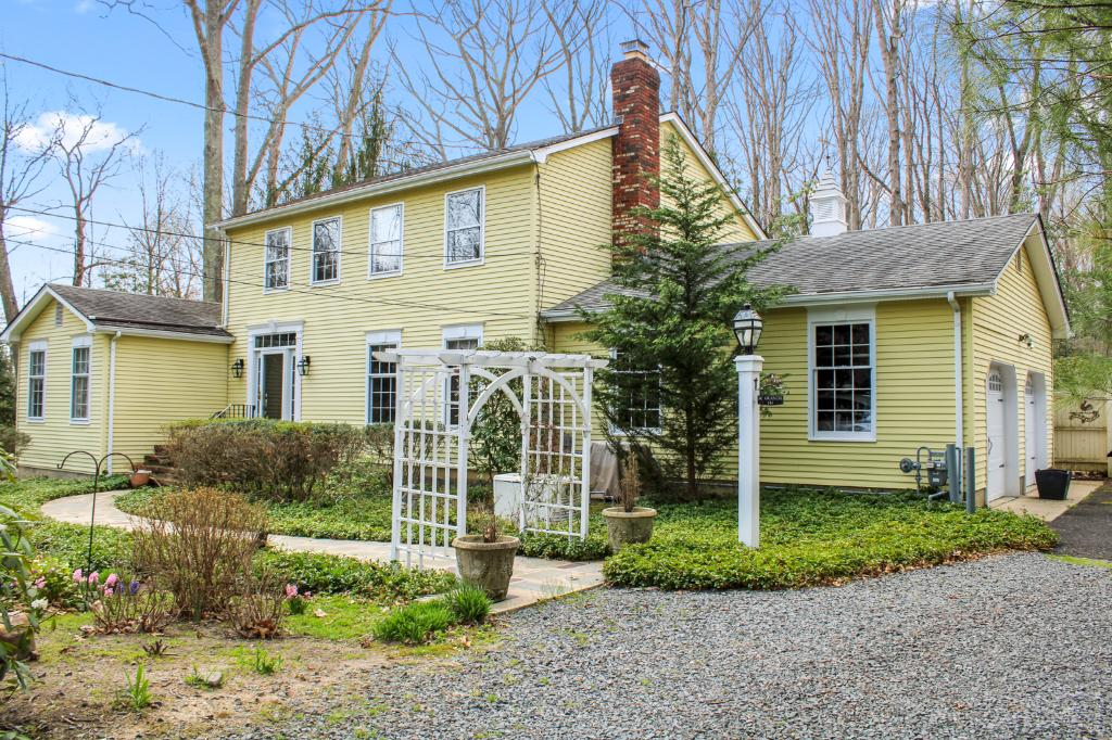 141 Stillhouse Rd, Millstone, NJ 08510: Homes for Sale - Hommati